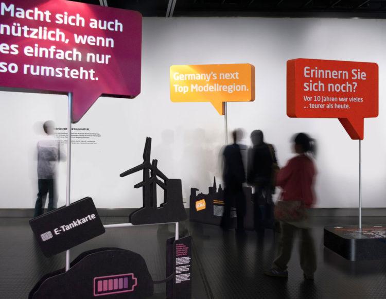 Elektromobilität, Ausstellungsgestaltung, Szenografie, Wanderausstellung, didaktisches Konzept, interaktive Anwendungen,