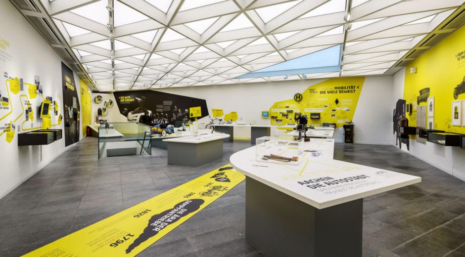 Geschichte der Mobilität, Auto, Museum, Ausstellung, Ausstellungsgestaltung, Szenografie, wesentlich. visuelle kommunikation, Stadtmuseum, Centre Charlemagne, Aachen