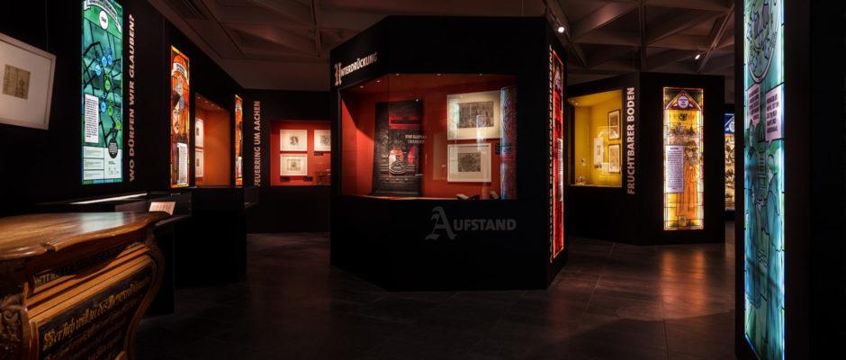 Ausstellungsgestaltung, Szenografie, Geschichte, Reformation, Stadtmuseum Aachen, wesentlich. visuelle Kommunikation, Design, Grafik, Katalogdesign, Kommunikation